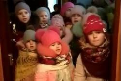 Как колядуют в Украине: это ВИДЕО набрало миллион просмотров