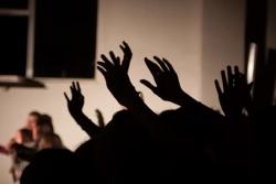 Як танчаць католікі: відэа з «Музычнай майстэрні» ў Івянцы